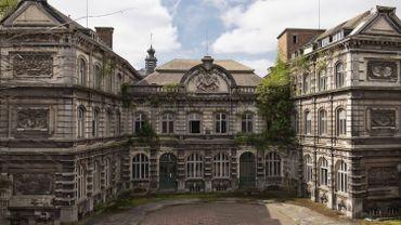 La façade -classée mais dégradée- de l'institut Montefiiore