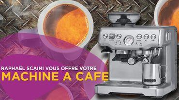 Une machine à café dans Coffee on the Rocks