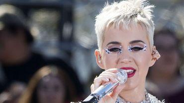 Katy Perry, première utilisatrice de Twitter à compter 100 millions d'abonnés