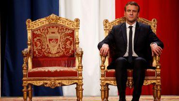 """""""Faire partie de la société civile ou être issu de la société civile chez Macron, c'est surtout déjà faire partie d'une élite, cette élite de la société civile, de gens propres sur eux, de gens aussi très instruits qui ont l'habitude aussi de frayer avec les élites politiques, économiques, sociales ou même culturelles du pays"""", estime Gauthier Pirotte."""
