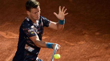 Berdych bat Isner et défiera Nadal en demi-finale