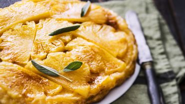 Tatin d'ananas au gingembre et à la sauge