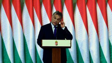 Le Premier ministre hongrois Viktor Orban en quête d'un plébiscite