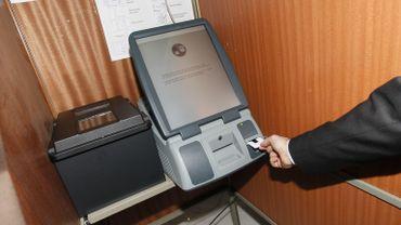 Les habitants de Saint-Gilles et Woluwe-Saint-Pierre utiliseront un nouveau système de vote électronique pour les élections communales de 2012