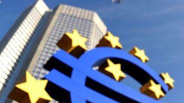 Une majorité d'Allemands verrait bien l'euro sombrer...