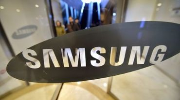 Le logo de Samsung à son siège social à Séoul, le 28 janvier 2016