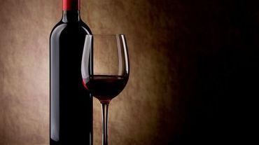 L'accord signé avec le producteur viticole canadien devrait éviter que l'équivalent de 200 millions de bouteilles finissent dans le tout-à-l'égout (illustration).