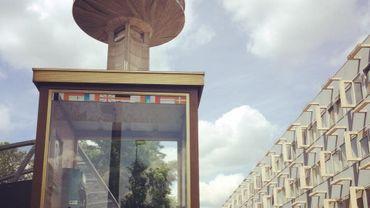 Back to the future: Reyers reçoit sa cabine téléphonique