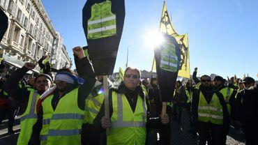 """Des """"gilets jaunes"""" manifestent à Marseille le 12 janvier 2019"""