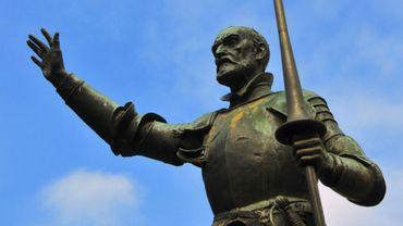 Statue de Don Quichotte sur la place d'Espagne, à Madrid