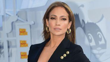 """Nouvelle recrue de NBC, Jennifer Lopez arrivera à l'antenne dans la peau d'une policière dans """"Shades of Blue"""""""