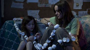 """Brie Larson (à droite) a reçu l'Oscar de la meilleure actrice pour sa performance dans """"Room"""""""
