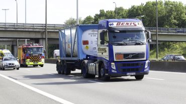 Illustration - Grave accident impliquant un camion dans le virage de Forest, bouchons