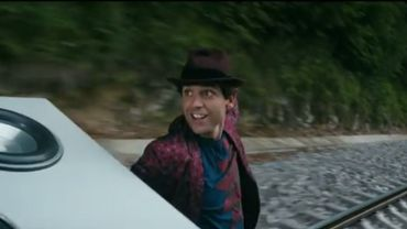 """Le titre """"Je chante"""" a été ajouté par Mika à la version rééditée pour les fêtes de Noël de """"No Place in heaven"""""""
