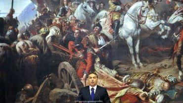 """Le premier ministre hongrois Viktor Orban inaugure une exposition de peinture intitulée """"Héros, rois et saints, l'épopée historique de la Hongrie à travers la peinture hongroise"""""""