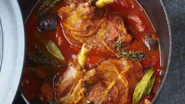 Recette: Souris d'agneau bio mijotées à la tomate
