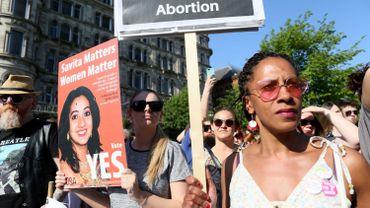 La libéralisation de l'avortement promulguée en Irlande