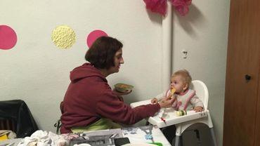 Comment aider les mamans seules en situation de précarité ?
