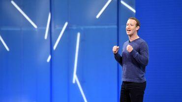 En 2019, Mark Zuckerberg veut mieux comprendre --et en direct-- l'impact des technologies du futur sur la société.