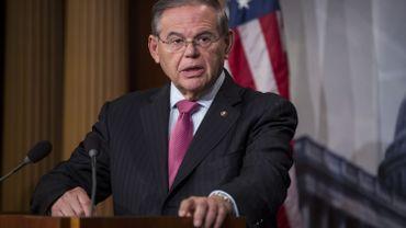"""Le gouvernement a """"invoqué une obscure disposition"""" pour passer outre l'avis du Congrès a déploré Bob Menendez, numéro deux de la commission des Affaires étrangères du Sénat."""