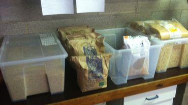 25 kg de riz en vrac, de la farine et des pâtes... de quoi nourrir 42 lutins durant 10 jours