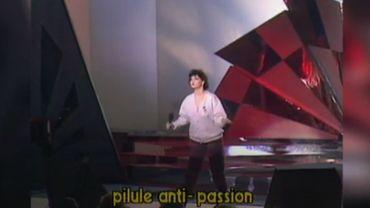 """Présentée par Jean Vallée, Maurane chante en 1983 """"Pilule anti-passion"""", son 2e 45 Tours"""