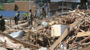 Inondations au Japon: le bilan dépasse maintenant les 200 morts, nouvelle visite de Shinzo Abe