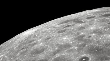 Cinquante ans après la mission Apollo 8, d'où est tirée cette photo, Vodafone et Nokia souhaitent apporter Internet à haut débit sur le satellite naturel de la Terre