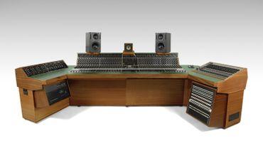 """""""The HeliosCentric Helios Console"""" utilisé notamment par Led Zeppelin et Bob Marley."""