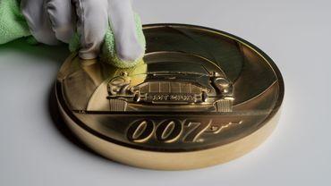 Au Royaume-Uni, une pièce de 7000 livres et 7 kg pour le 25e James Bond