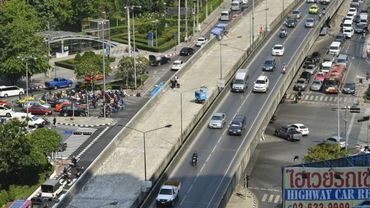 "Le ""Thai-Belgian Bridge"" en rénovation à Bangkok"