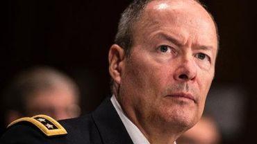 Le général Keith Alexander, directeur de la NSA, devant le sénat à Washington le 2 octobre 2013