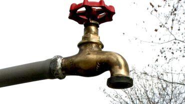 Unanimité au Parlement wallon pour renforcer l'accès à l'eau potable dans les espaces publics