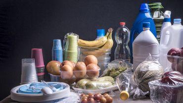 """Un """"Pacte plastique européen"""" pour accélérer le recyclage."""