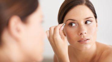 Nos astuces pour une épilation des sourcils moins douloureuse