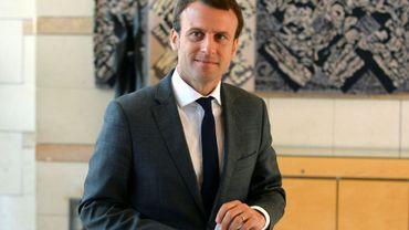Emmanuel Macron alors ministre de l'Économie dans les couloirs de son ministère, le 20 juillet 2016