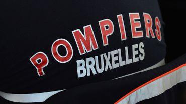Les pompiers de Bruxelles sont intervenus dimanche soir rue Volta à Ixelles pour une voiture hybride en feu (illustration).