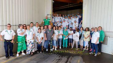 Quatrième mardi des blouses blanches: une chaîne humaine devant les cuisines centrales du CHC à Alleur
