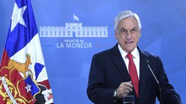 Emeutes au Chili: le président propose des mesures sociales pour mettre fin aux protestations