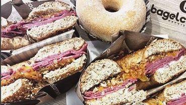 La tendance est nette: les repas de midi en brasserie sont en crise, les diverses formes de restauration rapide sont en vogue