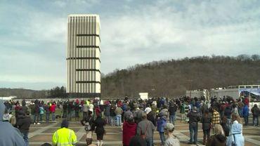 USA: Kentucky explosion contrôlée de la tour Capital Plaza (vidéo)