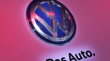 """La tricherie de Volkswagen va-t-elle """"polluer"""" tout le secteur auto?"""