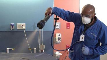 Un revêtement anti-microbes capable d'éliminer le coronavirus pour 90 jours .