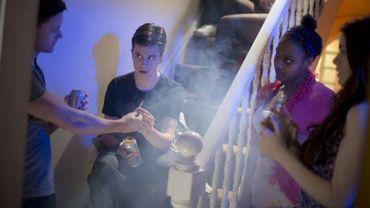 Quelle est la meilleure manière d'aborder le danger des drogues avec les ados?