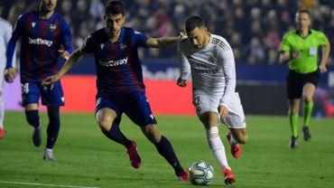 Eden Hazard sous le maillot du Real Madrid face à Levante