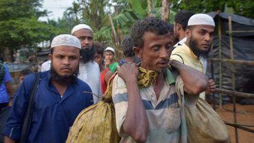Des Rohingyas arrivent dans le camp de réfugiés de Kutupalong au Bangladesh, le 3 septembre 2017