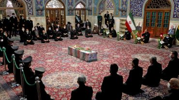 La dépouille du savant atomiste iranien Mohsen Fakhrizadeh, assassiné ce vendredi près de Téhéran, a fait l'objet d'un service religieux spécial