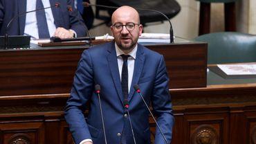 Journalistes arrêtés en plein travail: le Premier ministre interrogé à la Chambre