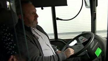 Quand les températures sont élevées et que les véhicules ne sont pas climatisés, les conditions de travail des conducteurs de trams et bus peuvent vite  devenir insupportables.