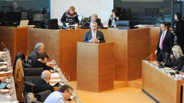 Le parlement wallon veut dépoussiérer son image et se rapprocher des citoyens